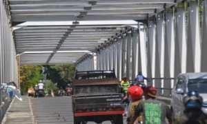 Jembatan Mojo menjadi akses penghubung utama Kota Solo-Sukoharjo. (Bony Eko Wicaksono/JIBI/Solopos)