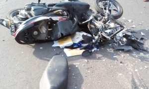 Kondisi sepeda motor pelajar SMA yang tewas terlindas truk di Kebakkramat, Karanganyar, Jumat (20/10/2017). (Istimewa)