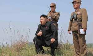 Pemimpin Tertinggi Korut, Kim Jong Un, saat peluncuran roket 24 April 2014. (JIBI/Reuters/Repro KCNA)