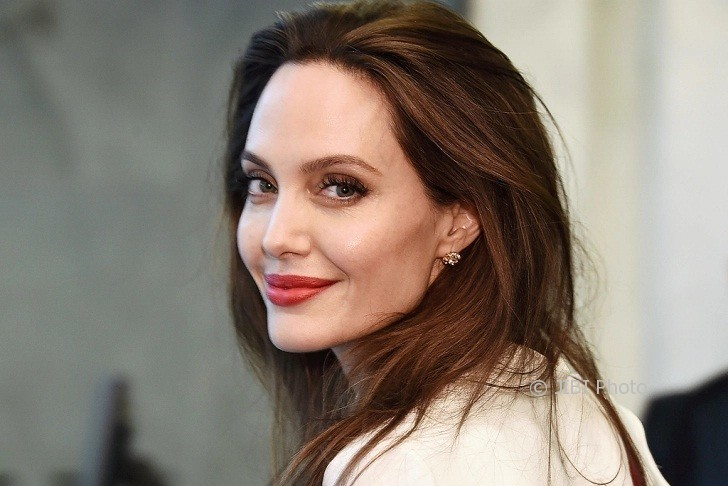 Angelina Jolie (People.com)