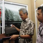 HARI BATIK : Ganjar Pranowo Akui Gemar Koleksi Batik
