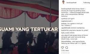 Potongan video yang memuat rekaman visual seorang wanita tiba-tiba menggandeng tangan Wali Kota Semarang Hendrar Prihadi. (Instagram-@hendrarprihadi)
