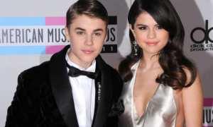 Justin Bieber dan Selena Gomez (Metro.co.uk)