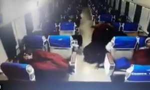 Kamera CCTV kereta api merekam aksi pencurian (Twitter)