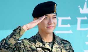 Lee Seung Gi (Soompi)