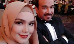 Siti Nurhaliza dan suaminya (Instagram @ctdk)