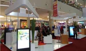 Berbagai stan potensi investasi bisnis di Jawa Tengah dipamerkan dalam Central Java Business Expo 2017 di Solo Paragon Lifestyle Mall, Solo, Kamis (23/11/2017). (Sunaryo Haryo Bayu/JIBI/Solopos)