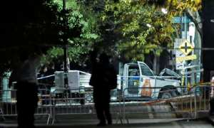 Truk yang dipakai pelaku melancarkan aksi brutal di New York, Amerika Serikat, 31 Oktober 2017 waktu setempat. (JIBI/Reuters/Andrew Kelly)
