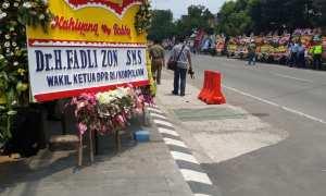Karangan bunga atas nama Fadli Zon. (Ivan Andimuhtarom/JIBI/Solopos)