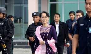 Aung San Suu Kyi tiba di Sittwe, Rakhine, Myanmar, Kamis (2/11/2017). (Istimewa/BBC)
