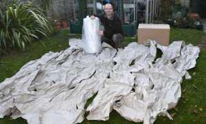 Bubble Wrap dibungkus dengan kertas sepanjang 30 meter (Mirror)