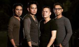 Donnie Sibarani (dua dari kiri) bersama personel Ada Band (Instagram @ada_indonesia)