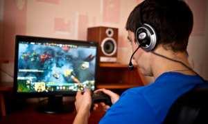 Ilustrasi bermain game online (Youtube)