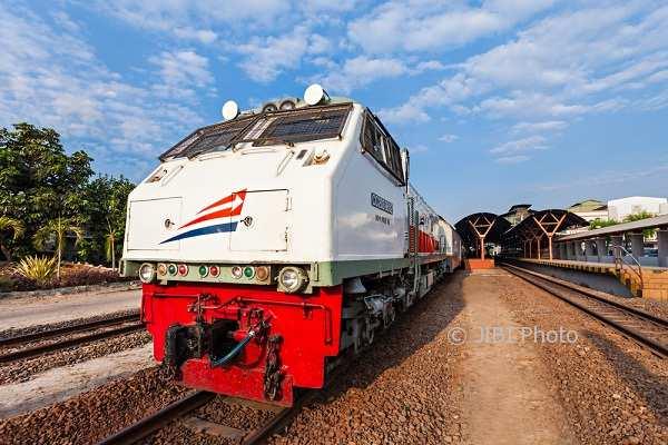 Ilustrasi kereta api (Kai.id)