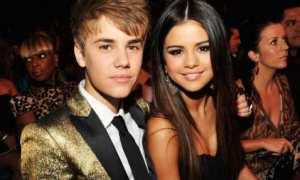 Justin Bieber dan Selena Gomez (Fashionmagazine.com)