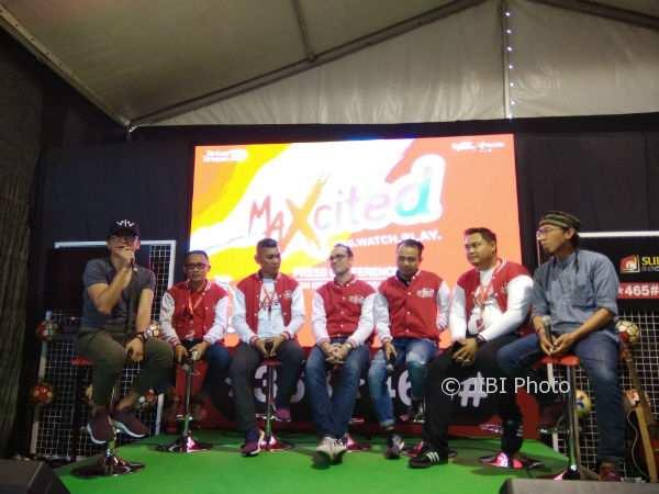 Jajajaran manajemen Telkomsel dan para musisi pengisi acara Maxcited menggelar jumpa media sebelum acara festival digital entertainment lifestyle digelar di Stadion Kridosono, Sabtu (11/11/2017). ( Holy Kartika N.S/JIBI/Harian Jogja)