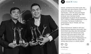 Ungkapan kebahagiaan Tulus memborong piala di AMI Awards 2017 (Instagram @tulusm)