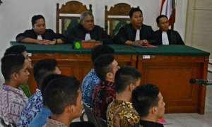 Sembilan terdakwa kasus penganiayaan hingga tewas seorang taruna tingkat II Akpol Bripdatar M. Adam menjalani sidang pembacaan tuntutan di PN Semarang, Jateng, Kamis (2/11/2017). (JIBI/Solopos/Antara/R. Rekotomo)