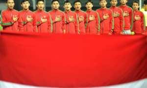 Timnas Indonesia U-19 di Stadion Patriot Candrabhaga, Bekasi, Jawa Barat, Rabu (4/10/2017). (JIBI/Antara/Sigid Kurniawan)