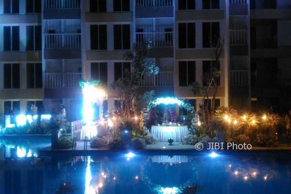 Suasana malam di tepi kolam renang Sahid Jaya Hotel & Convention Jogja di lantai enam, Selasa (7/11/2017). (Bernadheta Dian Saraswati/JIBI/Harian Jogja)