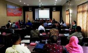 KPU Gunungkidul mengumumkan hasil penelitian administrasi di Hotel Cykaraya, Kota Wonosari, Kamis (16/11/2017). (David Kurniawan/JIBI/Harian Jogja)