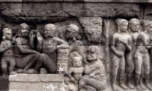 Salah satu panel relief di Candi Borobudur (foto: borobudurculturalfeast.com).