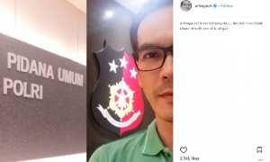 Atalarik Syah ke kantor polisi (Instagram @ariksyach)