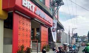Selter BRT Trans Semarang di depan Java Mall, Jl. Letjen MT. Haryono, Lamper Kidul, Kecamatan Semarang Selatan, Kota Semarang, Jateng. (Facebook.com-Dinda Isath Katrina)