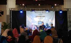Para pembicara dalam Talkshow GNNT bertajuk Pembaharuan Kegiatan Bertransaksi di Era Digitalisasi Keuangan, di Gedung Heritage Bank Indonesia, Minggu (3/12/2017). (Harian Jogja/Holy Kartika N.S)
