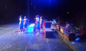 Salah satu adegan dalam pentas ketoprak Jaka Pengasih yang dibawakan oleh kelompok Kethoprak Conthong di Concert Hall Taman Budaya Yogyakarta, Jumat (29/12/2017) malam. (Harian Jogja/I Ketut Sawitra Mustika)