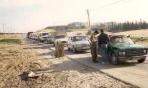 Jalur menuju wilayah Jabalya, Jalur Gaza ditutup oleh Pasukan Pertahanan Israel selama Intifadhah Pertama. (Wikimedia.org)