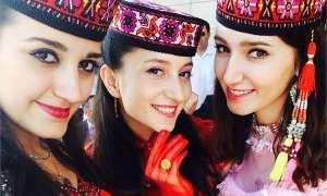 Perempuan-perempuan Tajik di Tashgurkhan (Viral4Real)