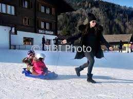 Sosialita Keluarga Sosialitas Tamara Ecclestone Beli Gunung di Swiss. (Istimewa)