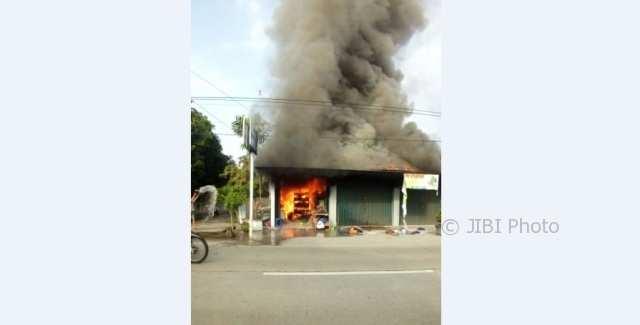 Kebakaran kios laundry di Tawangsari Sukoharjo (Istimewa/Persatuan Laundry Soloraya)