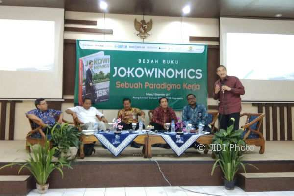 Suasana Bedan Buku Jokowinomics di Ruang Soetopo STMD APMD, Selasa (5/12/2017). (Holy Kartika N.S./JIBI/Harian Jogja)