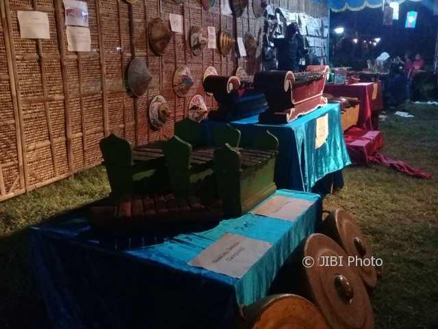 Gamelan dipamerkan di lapangan Dukuh Corocanan, Desa Solodiran, Manisrenggo, Klaten, Minggu (31/12/2017). (Taufiq Sidik/JIBI/Solopos)