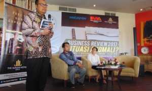Kepala Kantor Perwakilan Bank Indonesia Solo, Bandoe Widiarto (kiri). (Sunaryo HB/JIBI/Solopos)