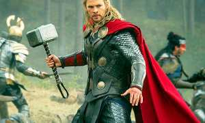 Chris Hemsworth sebagai Thor (Youtube)