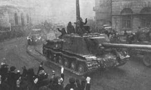 Pasukan Uni Soviet memasuki Kota Lodz, Polandia dalam Serangan Vistula–Oder, 1945. (Wikimedia.org)