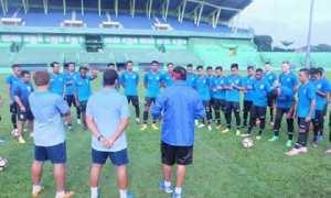 PSIS Semarang berlatih di Stadion Gajayana, Malang, Jawa Timur (Jatim), Jumat (19/1/2018) pagi. (Instagram-@psisfcofficial)