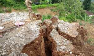 Kondisi lokasi sangat rawan longsor di Damon, Hargorejo, Tirtomoyo, Wonogiri, Senin (27/2/2018). (Istimewa/BPBD Wonogiri)