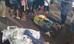 Korban kecelakaan maut di jalur jalan pantai utara (pantura) Pulau Jawa, wilayah Mangkang, Kecamatan Tugu, Kota Semarang, Jawa Tengah (Jateng), Minggu (11/2/2018) malam. (Facebook.com-Hendra Ferryal Kurniawan)