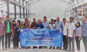 Peneliti bus listrik dari Undip saat berkunjung ke salah satu karoseri di Jateng, beberapa waktu lalu. (JIBI/Semarangpos.com/Istimewa-Humas Undip)