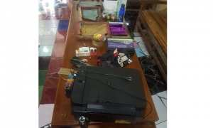 Barang bukti alat pembuatan upal berupa printer dan alat sablon di Sragen. (Istimewa/Kapolres Sragen)