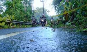 Kondisi terakhir jalan yang sempat tertutup longsor di Dusun Puyang, Desa Purwoharjo, Kecamatan Samigaluh, Jumat (9/3/2018). (Uli Febriarni/JIBI/Harian Jogja)