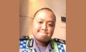 Brigadir Iwan Wirana, anggota Satlantas Polrestabes Semarang yang kembali bertingkah kocak. (Instagram-@satlantaspolrestabessmg)