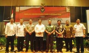 Menko Polhukam, Wiranto (keempat dari kiri), saat menghadiri acara Koordinasi dan Konsultasi Informasi Publik dan Media Massa di Crowne Hotel, Semarang, Kamis (8/3/2018). (JIBI/Semarangpos.com/Imam Yuda S.)