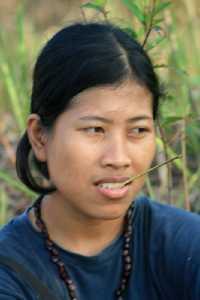 Karlina, sang guru anak-anak Orang Rimba