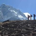 5 Ibu usia 50 tahunan mendaki 5 gunung es