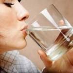 Imbangi minum air putih saat pancaroba